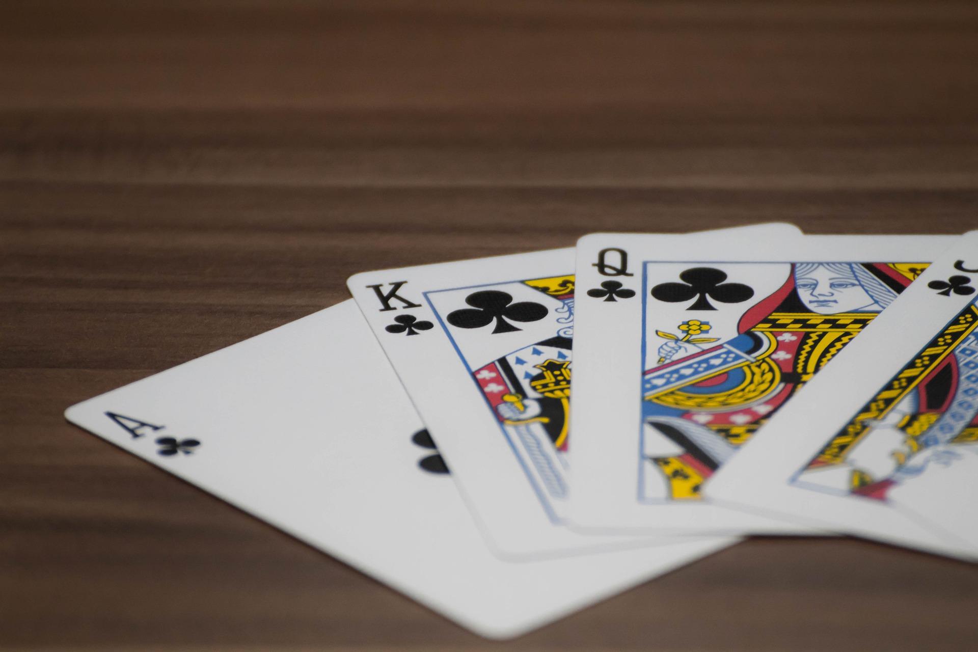 Название карточных игр в казино играть в игру игровые автоматы бесплатно вокруг света